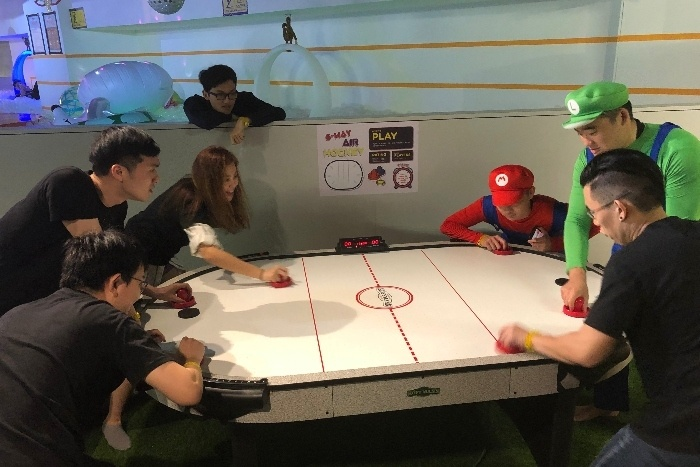 Day 3.5 Air Hockey with Mario Party 1